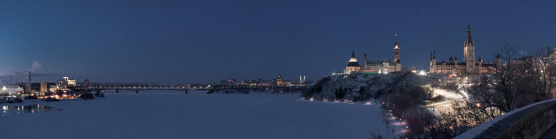 Ottawa River Parliament Hill