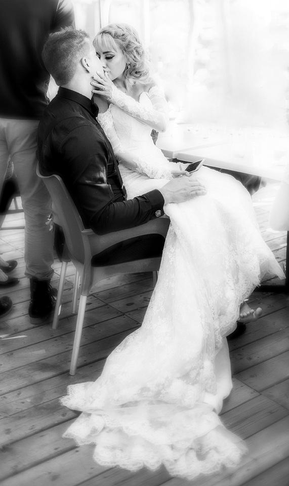 Wedding portrait at Bistro L'alambic Hull