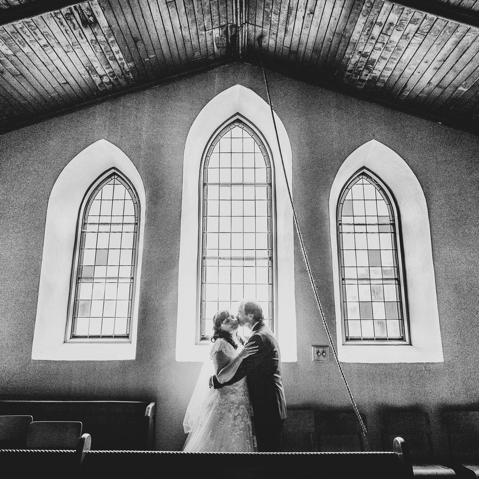 Lanark church wedding
