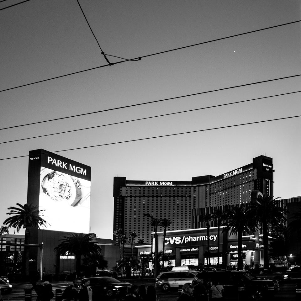 Vegas20202-4